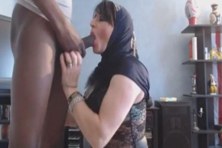Aflam sex arabi enjoying big dick
