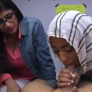 blowjob lessons with Mia Khalifa and her Arab friend